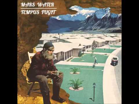 Mars water - The living