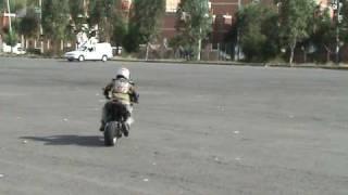 Acrobacias en moto - Niño maravilla