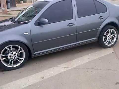 el VW Bora con suspensión neumatica