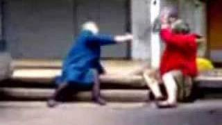 Russian Ladies Fight Velhas Russas Brigando