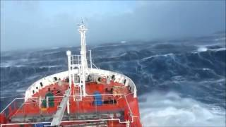 A fúria do mar nas buscas pelo voô da Malaysian Airlines