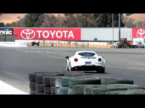 2015 Alfa Romeo 4C Race Track footage