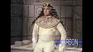 Johnny Carson as King Tut
