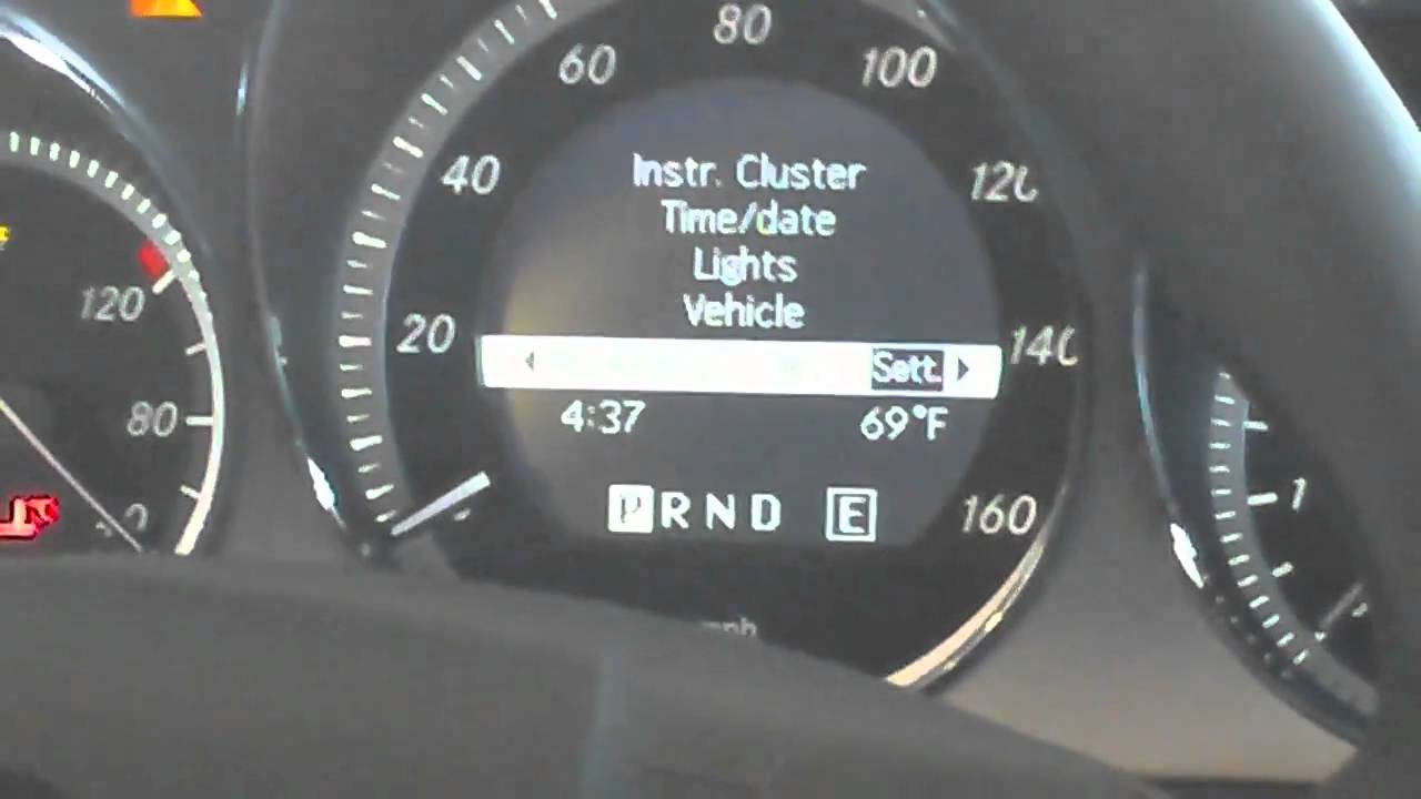 How To Adjust Time On A Mercedes Benz C300 Youtube