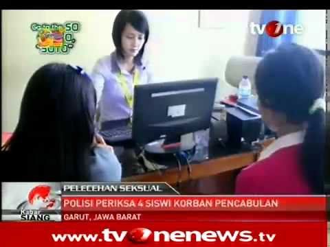 Polisi Periksa 4 Siswi SMK Korban Pelecehan Seksual di Garut @tvOneNews