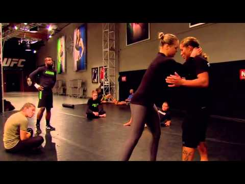 Ultimate Fighter: Ronda Rousey invited Liz Carmouche along to train with Team Rousey @pegson