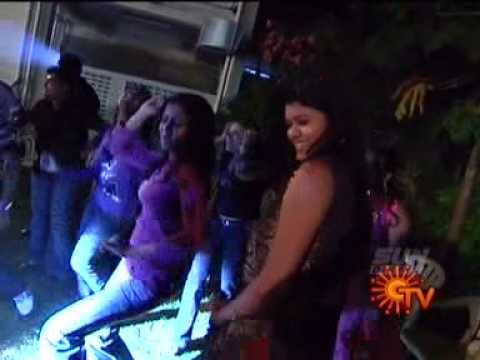 Sun Music VJ's Dancing in the party unseen