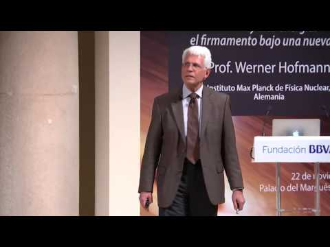 (Subtitling) Lecture by Werner Hofmann from Max Planck Institute for Nuclear Physics, Germany