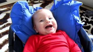 Güldükçe gülen bebek  video