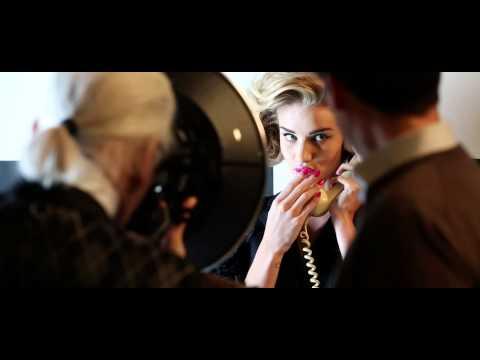 Harper's Bazaar - Carine's Edit