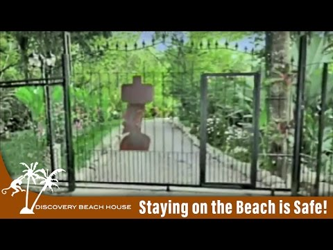 Costa Rica Travel Guide - Is Staying on the Beach Safe