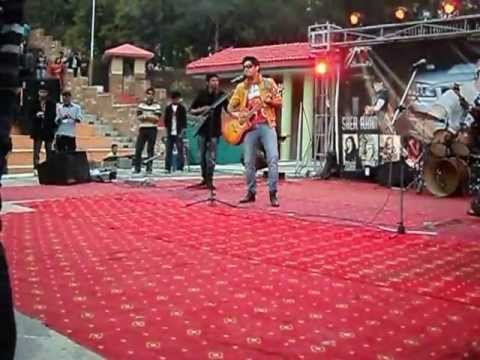 challa ki labda phirey by DJ mMani at open air theather 2feb2013
