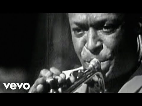 Miles Davis - So What online metal music video by MILES DAVIS