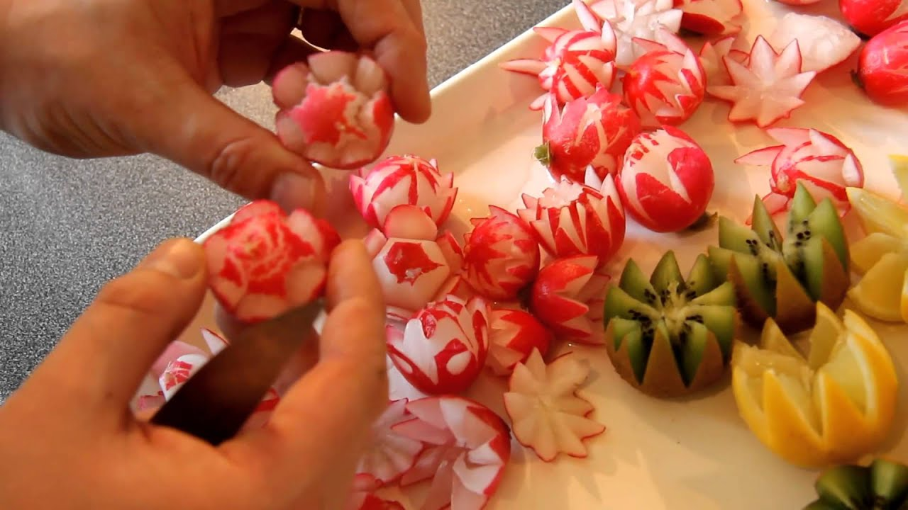 radis en fleur tailler un radis sculpter un radis youtube. Black Bedroom Furniture Sets. Home Design Ideas