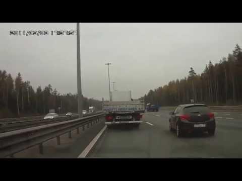 فيديو سائق شاحنة يتفادى تصادم في اللحظة ...