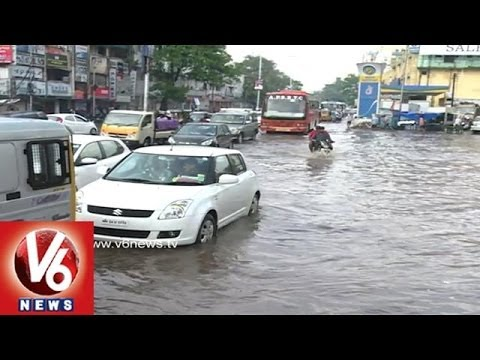 Heavy Rains Destroy Agriculture, City Roads Floods with Water and Traffic Jam
