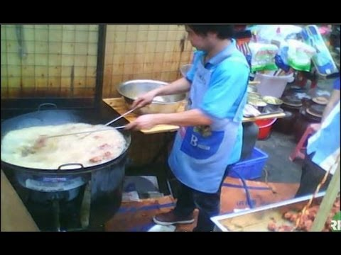 The Making Of 'Gutter Oil'