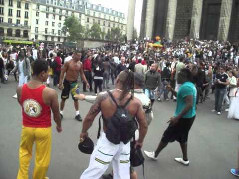 Hình ảnh trong video briga de capoeirista na lavagem da madelene