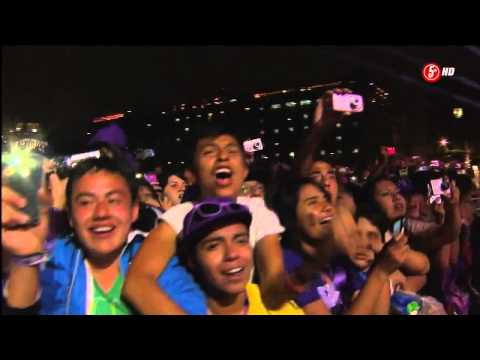 Justin Bieber singing Baby live - Mexico 2012 -zsymIZp7w-A