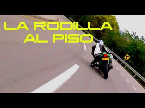 # CANDELIADA | NINJA 300 VS Z250 | INCLINANDO MOTO