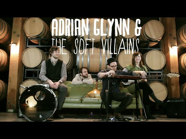 Adrian Glynn & The Soft Villains - Mother Mary - Green Couch Session