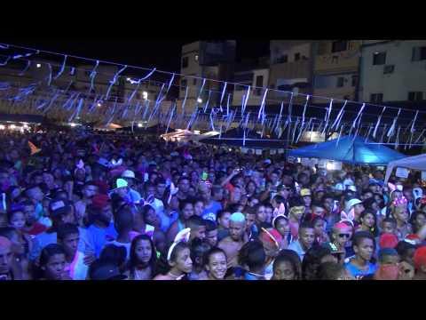 Mc brunyn e As meninas do funk na praça do rio das pedras (carnaval) .