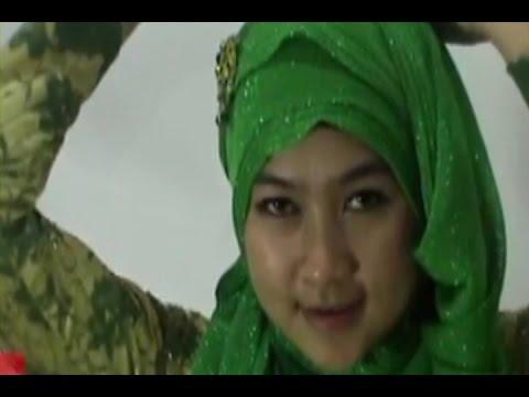 Hijab Tutorial - Cara Memakai Jilbab Glitter Simpel Untuk Ke Pesta