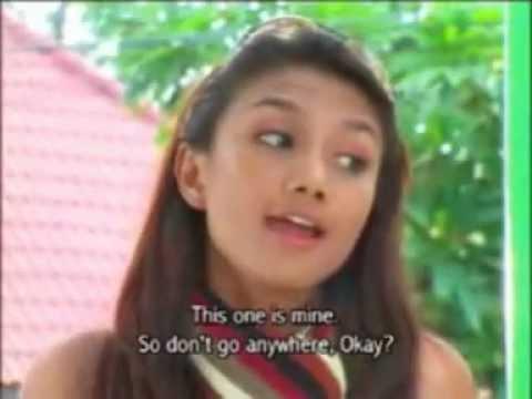 Jaya Angus (Gadis Bali & Hot Bugil)