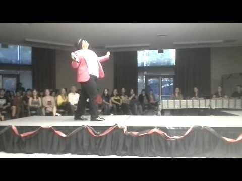 Drag King performing Uptown Funk