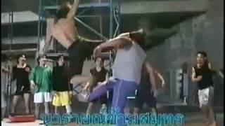 Tony Jaa Stunts ONG BAK Behind The Scenes Amazing.mp4