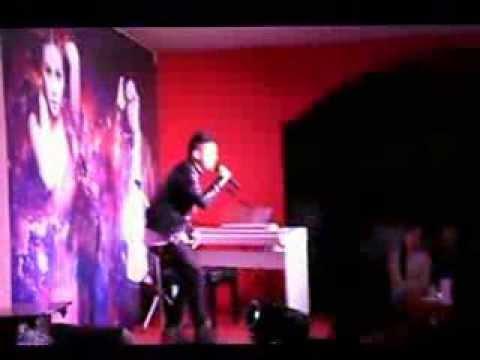 Live show Hoàng Tôn - Em không quay về remix ( Huế)