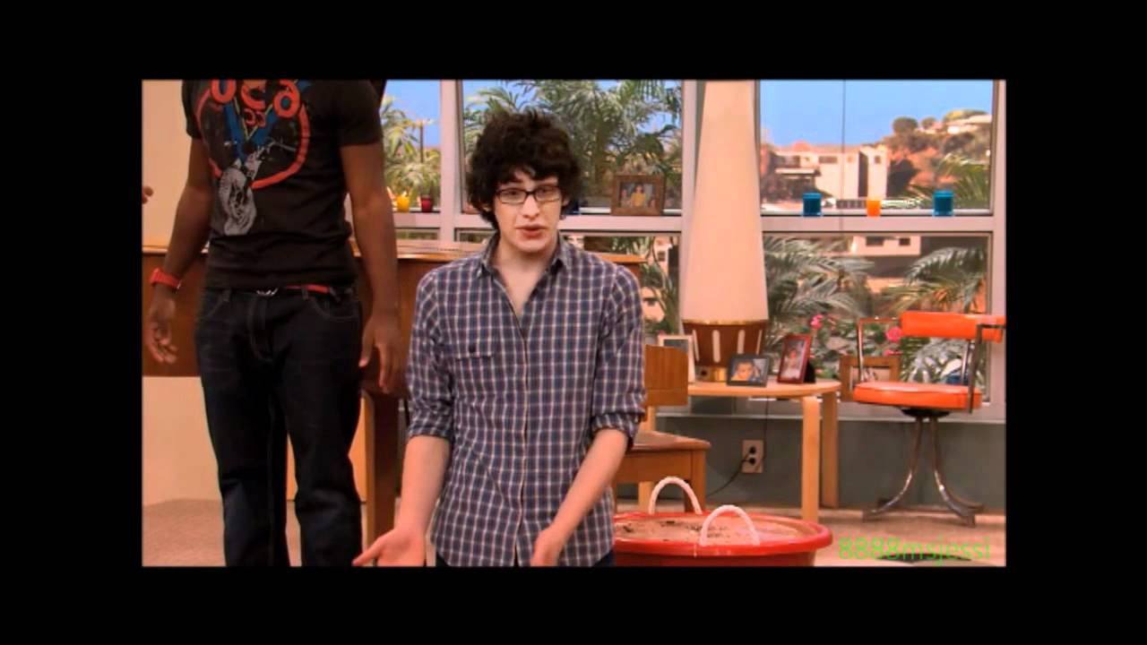 Displaying 15 gt  Images For - Matt Bennett Andy Samberg   Matt Bennett And Andy Samberg