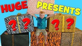 HUGE SURPRISE - Animal Playtime & Dressup!!