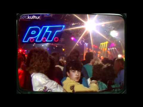 Bronski Beat - Hit That Perfect Beat *Live in Germany 1986* HD
