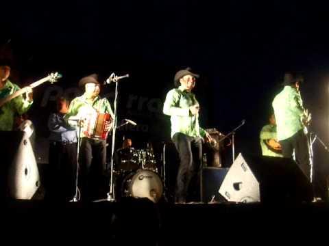 Ex tigrillo Rolando ahora con su grupo ROLALAKUMBIA