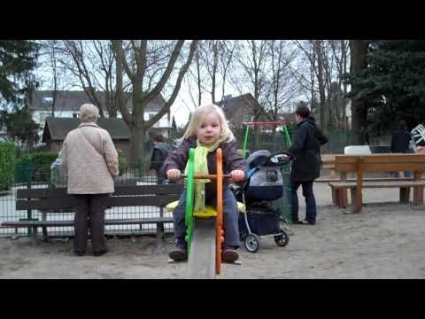 Kind der Sonne ( Musikvideo by MaximNoise ) /  Sommersong