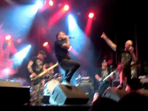 Le Bal des Enragés - Reveille le Punk (Svinkels) @ Oignies (62) 29-06-2013