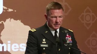 After Trump comments, top Army general defends military's leaders