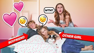 I CAUGHT MY BOYFRIEND CUDDLING With ANOTHER GIRL **Reaction**💔| Piper Rockelle