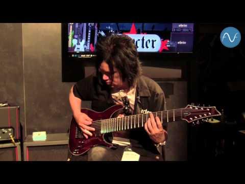 [NAMM] Schecter Hellraiser C-9 - 9-string guitar