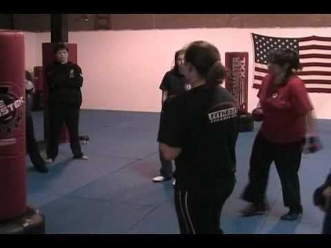 AKKA's Fitness Kickboxing Class Sample: Heavy Bag Training