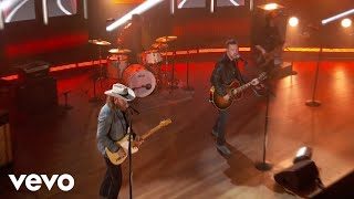 Brothers Osborne - Dead Man's Curve (Live From The 56th ACM Awards)