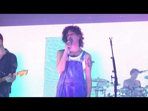 *NEW SONG * The 1975 - A Change of Heart LIVE (15/11/15)