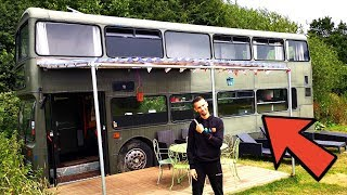 DOUBLE-DECKER BUS CONVERTED INTO 3 BEDROOM HOME TOUR 🚌🏠 BEAUTIFUL CONVERSION 💚