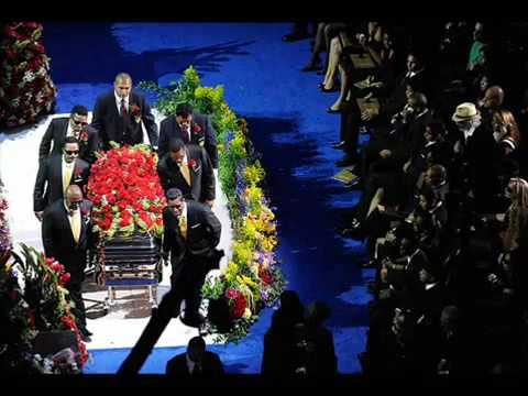 BOMBA!!! MICHAEL JACKSON  VIVO no seu próprio Funeral