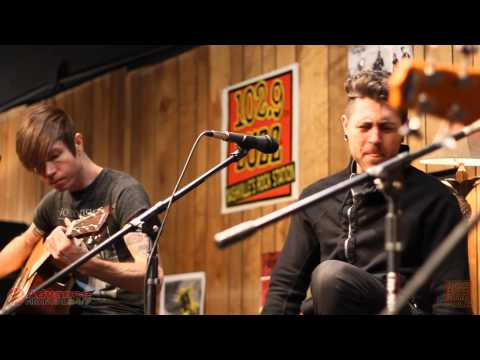 102.9 The Buzz Acoustic Session: AFI - Ziggy Stardust