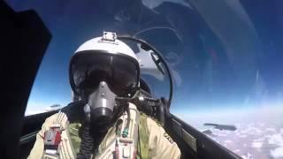 Video máy bay Nga ném bom 72 mục tiêu phiến quân IS ở Syria