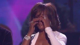 Whitney Houston Wins International Artist - AMA 2009