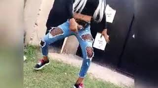 Street girl wanna twerk in public to little baby