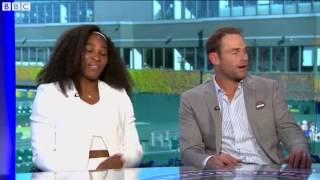 Serena Williams scherza con Andy Roddick alla BBC dopo il sesto Wimbledon